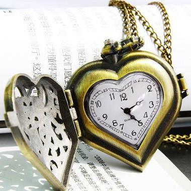 Vintage Steampunk Heart Locket Pendant Pocket Watch
